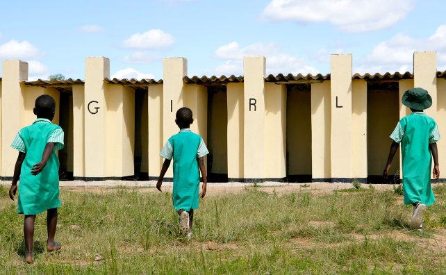 Toegang tot sanitaire voorzieningen voor vrouwen en meisjes |