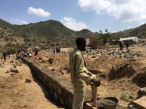 Het overwinnen van de onderwijsuitdagingen voor de meest kansarme kinderen in Eritrea